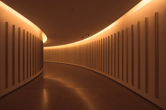 indirect lighting in hall way